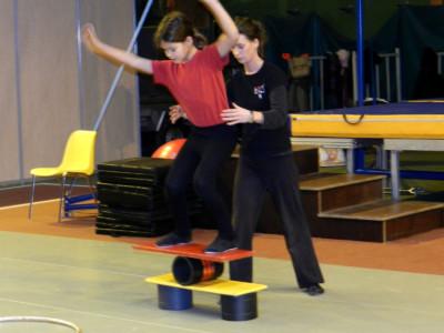 Atelier cirque- Marché de Noël 2011 - école de cirque En Piste - Cesson-Sévigné - Rennes Metropole