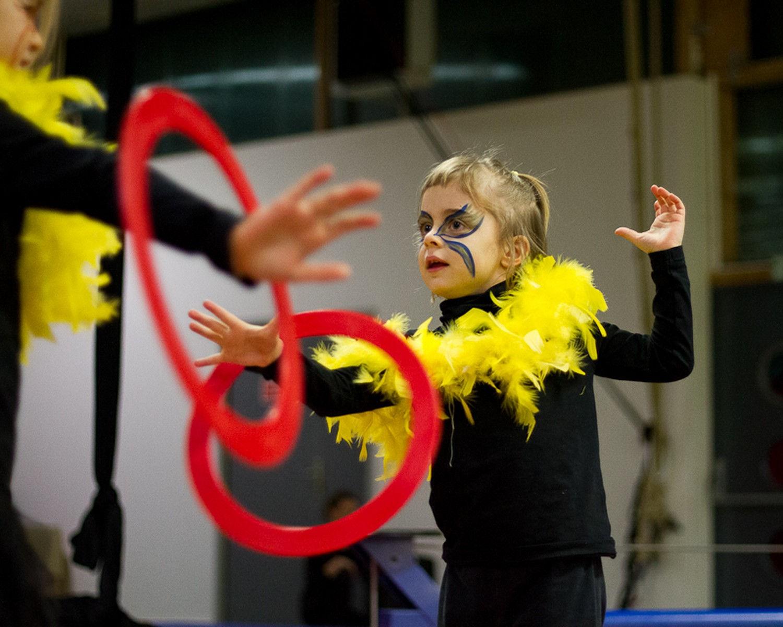 Stage de cirque - Noël 2011 - école de cirque En Piste - Cesson-Sévigné - Rennes Metropole