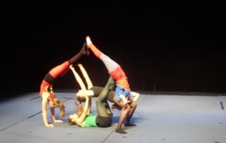 Rencontres Régionales des Ecoles de Cirque Quimper 2015 - Ecole de cirque En Piste! Cesson-Sévigné - Rennes Metropole