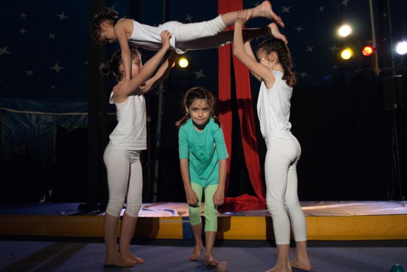 Atelier cirque 7-10 ans à l'école de cirque de Cesson-Sévigné