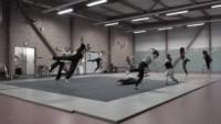 Stage d'acrobatie à l'école de cirque En Piste de Cesson-Sévigné